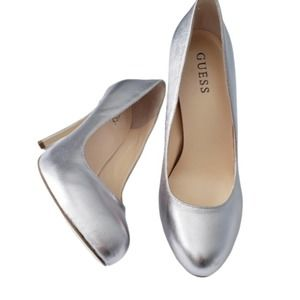 GUESS Silver Metallic Rounded Toe Heels 8